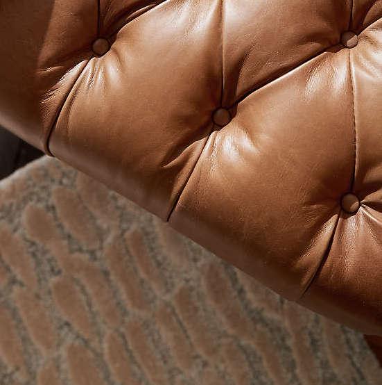 Canapé en cuir chesterfield marron